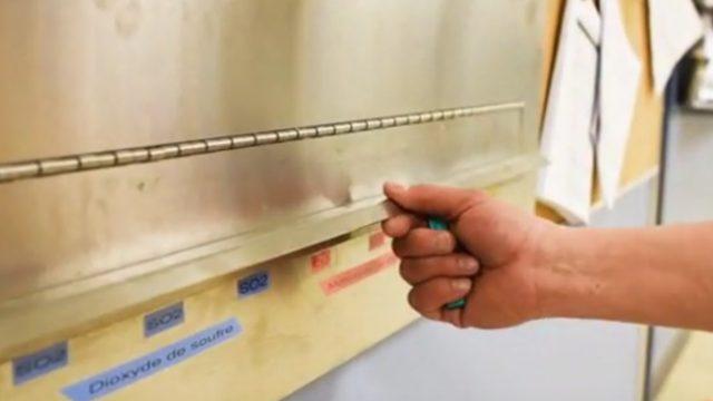 Gas Badge Dispenser